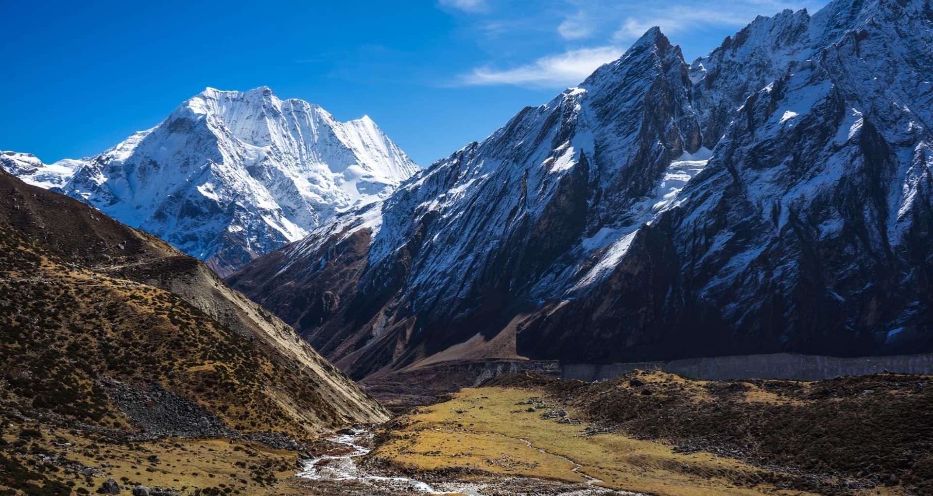 Vista del trekking del manaslu.