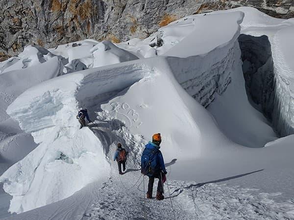 bajando del island peak, nepal