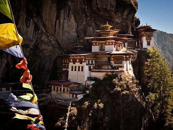 viaje a Bután nido del tigre