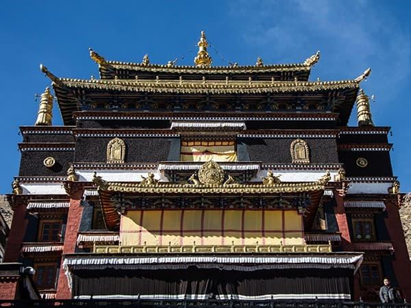 Viaje-al-tibet-monasterio-tashi-lunpo