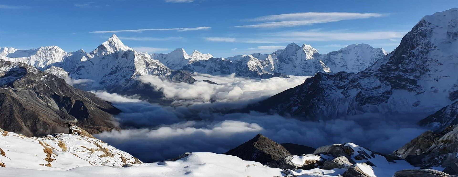 Vista desde la ascensión del Lobuche Peak nepal