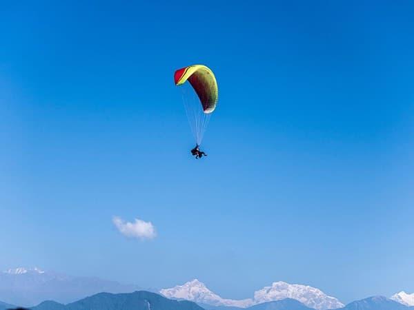 deportes extremos en nepal y parapente