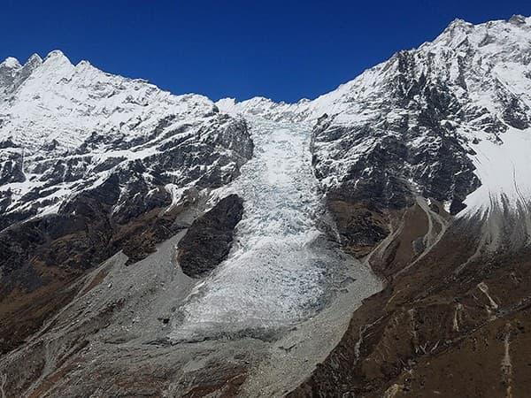 El Glaciar de Langtang Lirung