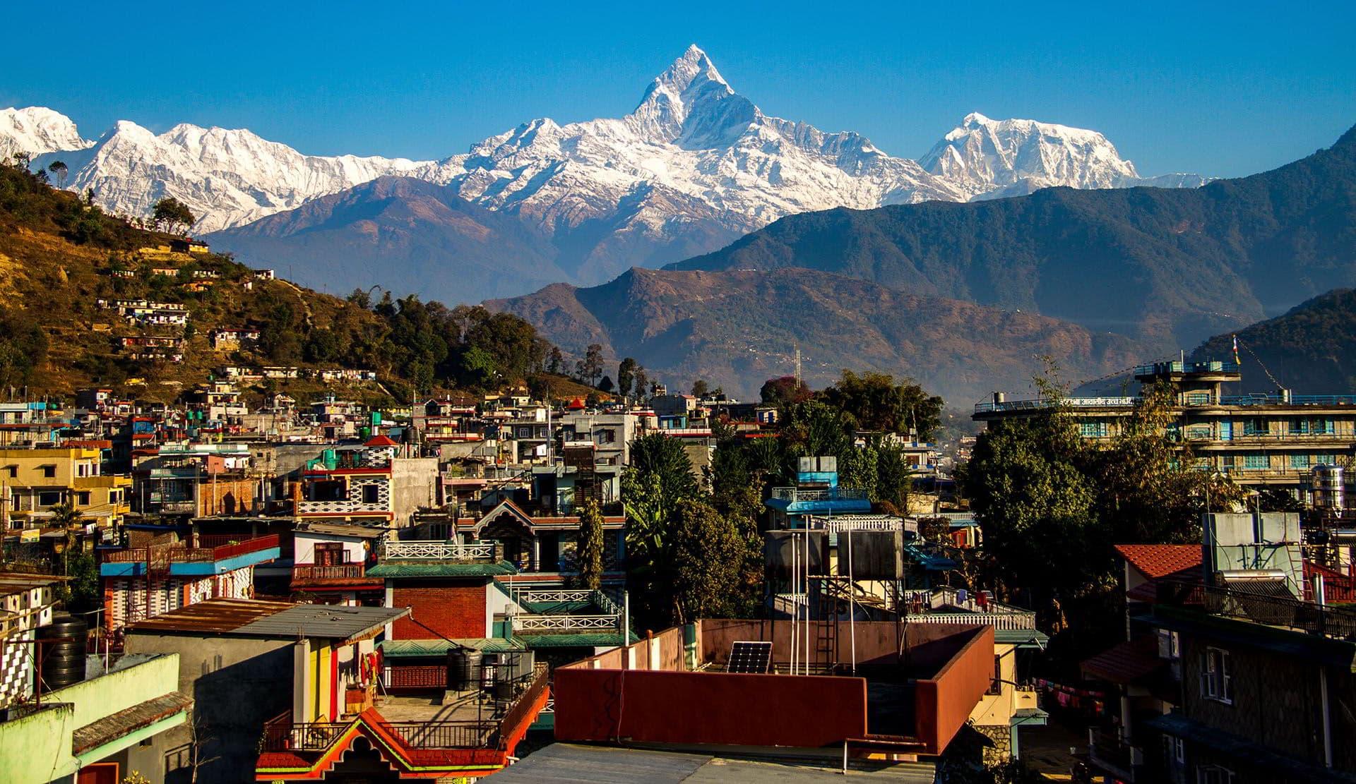 vista de los annapurnas desde pokhara